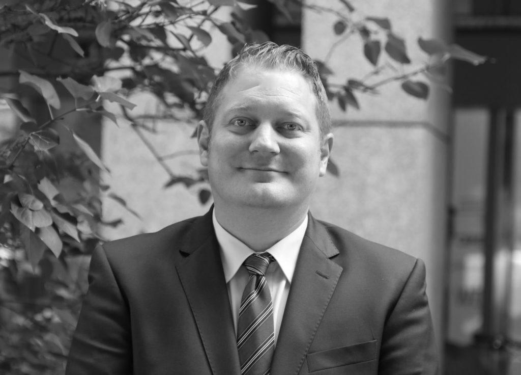HR UNIVERSAL Personalberatung - Management - Ludwig Seemann