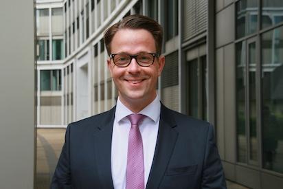 HR UNIVERSAL HR Consultancy - Management - Konstantin von Witzleben
